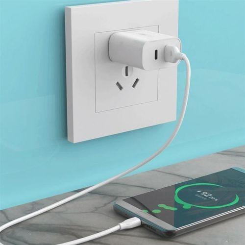 WK Design szybka ładowarka sieciowa adapter EU USB / USB Typ C PD Quick Charge 3.0 QC3.0 biały (WP- U72 white)